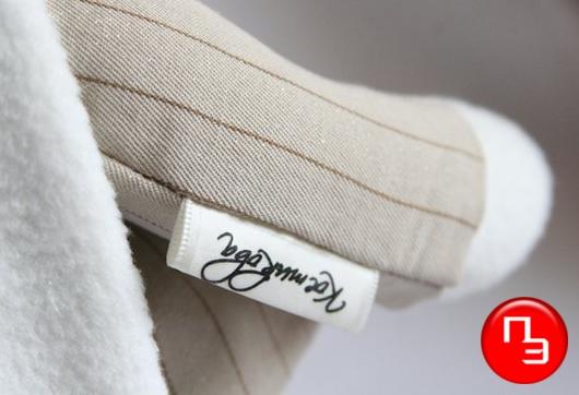 Лейблы на одежду вышивка